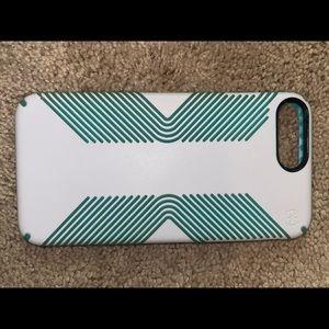 Speck Presidio grip case for iPhone 8 Plus